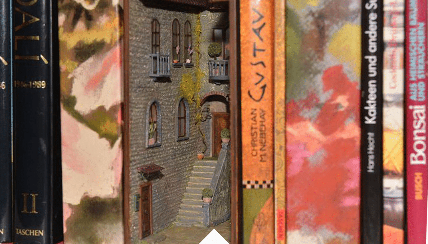 Hidden World - Booknook Alley, MiniatureDecorDesign